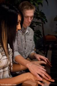 kinky shemale seduces a piano teacher